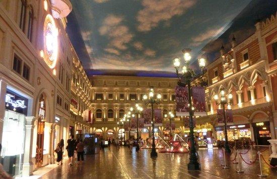 Interno del casin venetian picture of casino at for Interno 7 cassino