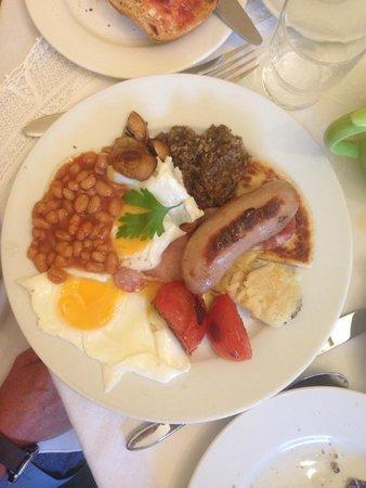 Inchgrove House: Typical scottish breakfast