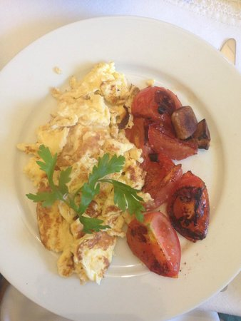 Inchgrove House: Eggs and tomatoes
