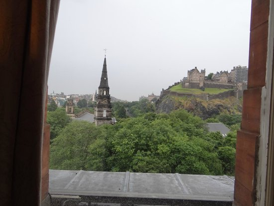 Waldorf Astoria Edinburgh - The Caledonian : view from room 416