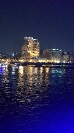 Zamalek (Gezira Island) : Cairo at night