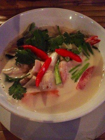 may's kitchen: Tom Ka Goong