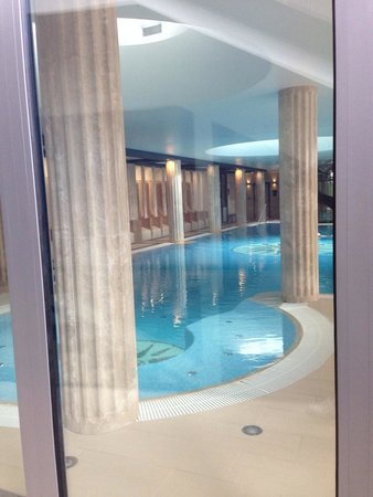 Hotel Alexandria: Swimming pool