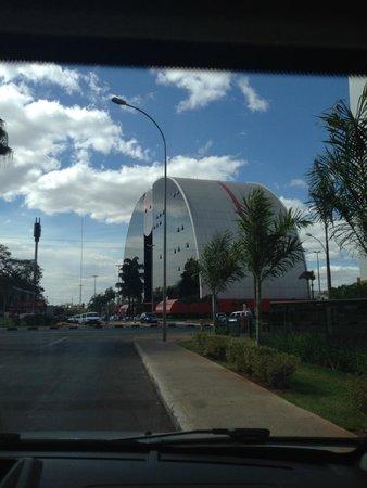 Mercure Brasilia Eixo : vista da rua