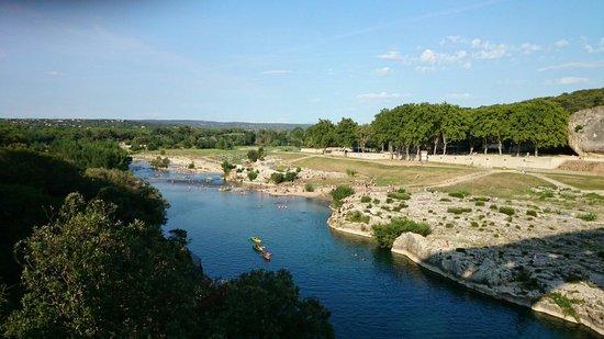 "Pont du Gard : 橋の上から  from the ""pont"""