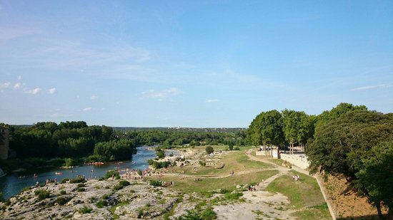 Pont du Gard : 川遊び〰  happy holiday on the river!