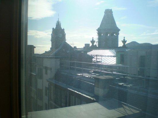 Travelodge Edinburgh Central Princes Street: view from room 606