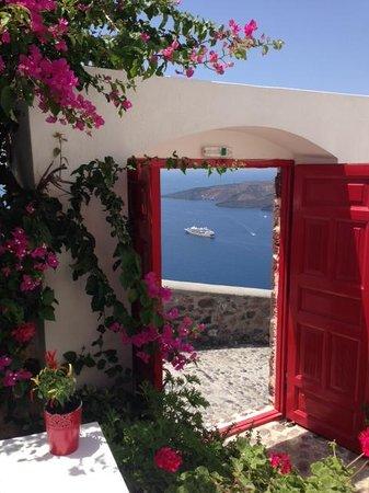 Aigialos Hotel: entrance