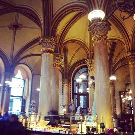 Cafe Central : La sala