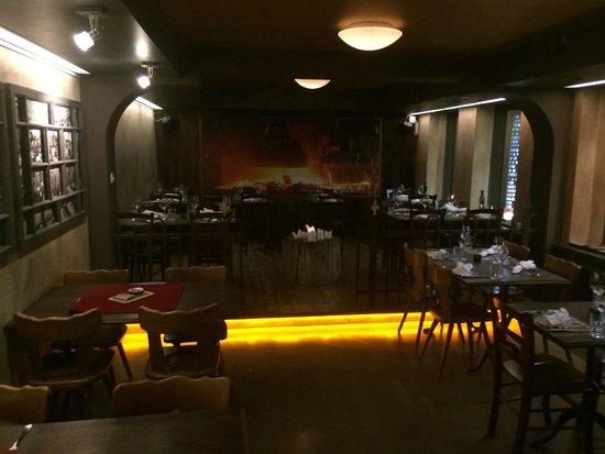 feRUS Hotel: Frühstücksraum