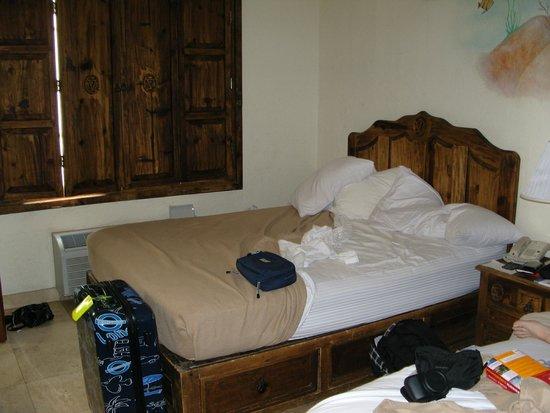Ocean Five Hotel: 2. Bett zum Fenster