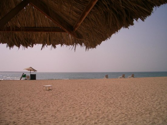 Hilton Al Hamra Beach & Golf Resort: Strand