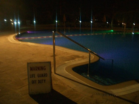 Hilton Al Hamra Beach & Golf Resort: Pool