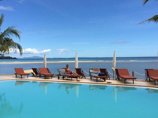 Hotel Arc en Ciel : piscina