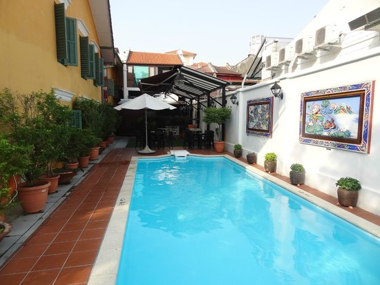 Yeng Keng Hotel : la piscine