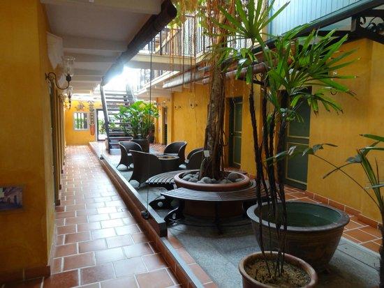 Yeng Keng Hotel : l'intérieur de l'hôtel