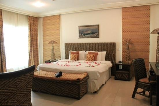 Al Nahda Resort & Spa : our room