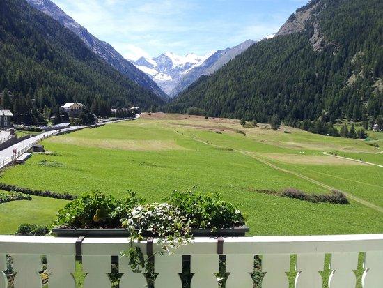 Bellevue Hotel & Spa : Il panorama dal balcone