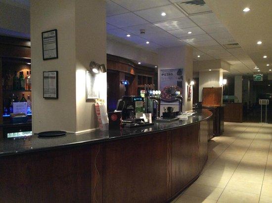 Holiday Inn Bolton Centre: Reception