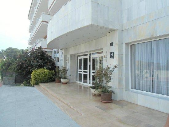 Gran Garbi Mar : Eingang des Hotels