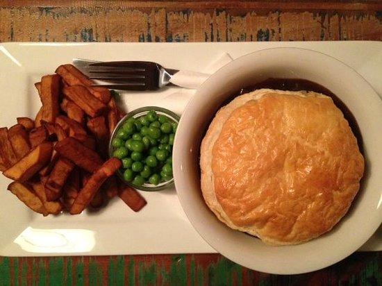 O'Flynns Irish Pub : Mushroom Stout Pie