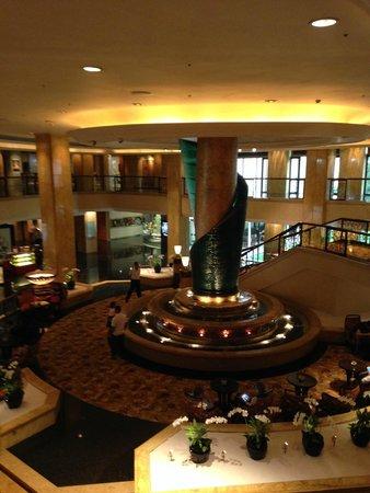 Shangri-La Hotel Kuala Lumpur: Blick in die Lobby