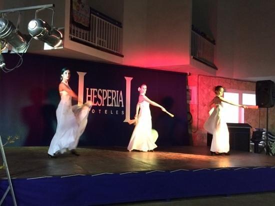 H10 Playas de Mallorca: фламенко