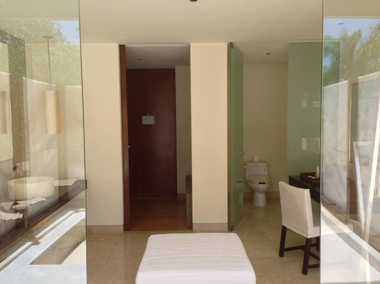 Blue Diamond Luxury Boutique Hotel: cenote suite bathroom