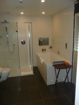 Holbeck Ghyll Country House: Jacuzzi bath