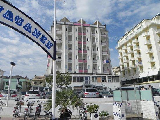 Hotel Kent: dalla spiaggia