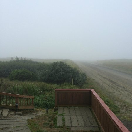 BEST WESTERN Lighthouse Suites Inn: Fog in the morning but it clears quickly