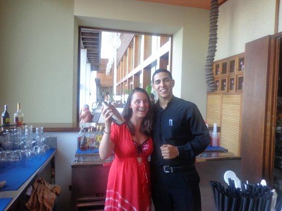 Hesperia Lanzarote: Lovely bar staff