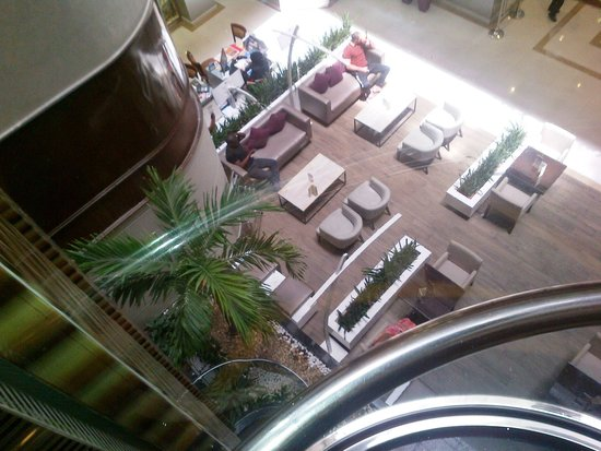 Flora Grand Hotel: View from the elevator...