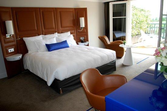 renaissance paris hippodrome de st cloud hotel updated. Black Bedroom Furniture Sets. Home Design Ideas