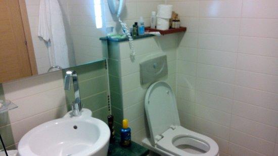 Emerald Beach Resort & Spa: Ванная комната
