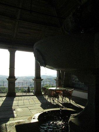 Pousada De Guimaraes Santa Marinha: patio secondo piano