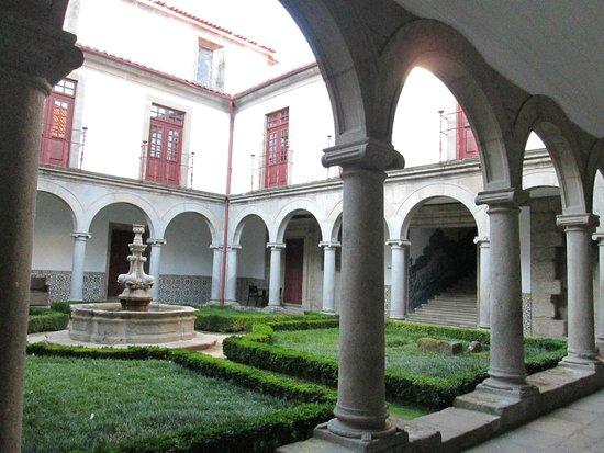 Pousada Mosteiro Guimarães: chiostro interno