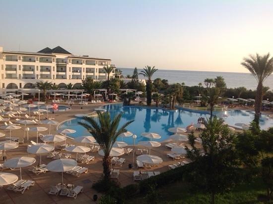 El Mouradi Palm Marina: parco piscina