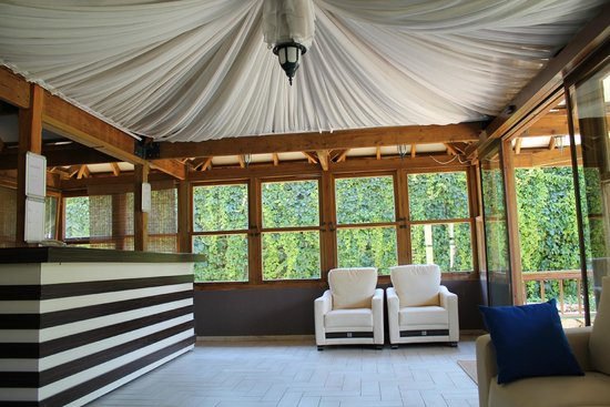 Mersoy Exclusive Aqua Resort: хол семейного корпуса