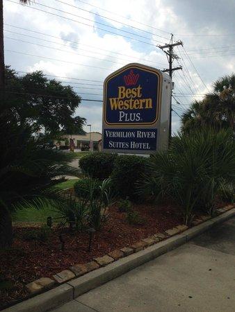 Best Western Plus Vermilion River Suites Hotel: Hotel Sign