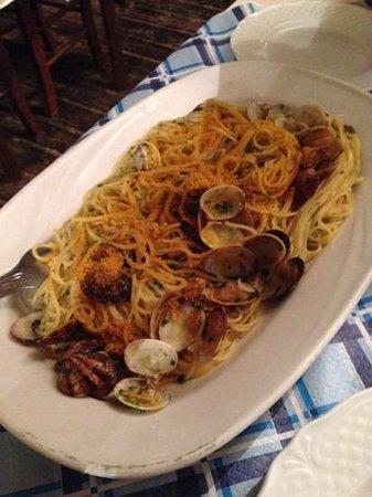 Ristorante Sapore di Sale da Gina: spaghetti vongole e bottarga