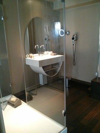 Best Western Premier Why Hotel: Nice, clean bathroom