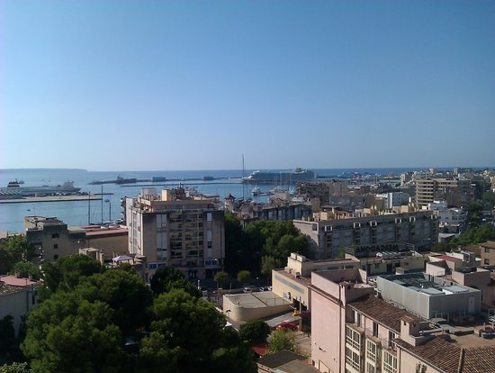 Hotel Isla Mallorca & Spa: Palma Bay from the balcony