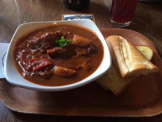 The Dog and Gun : Best Goulash in the UK!