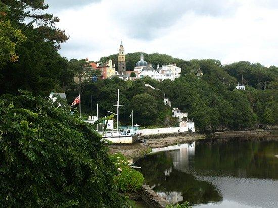Portmeirion Village: Harbour area
