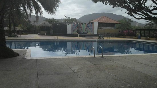 Dunes Hotel & Beach Resort: Pool!
