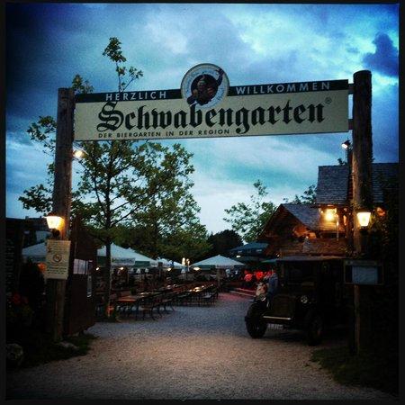 Schwabengarten August evening