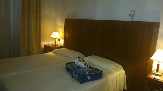 Hotel Genova : HABITACION