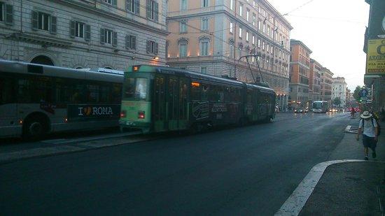 Hotel Genova: ALREDEDORES DEL HOTEL