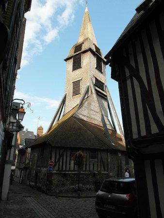 Église Sainte-Catherine : La torre campanaria